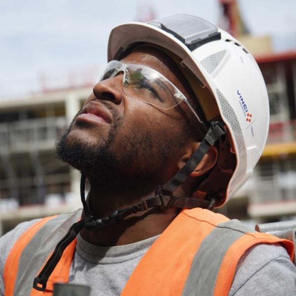 Compagnon sur un chantier