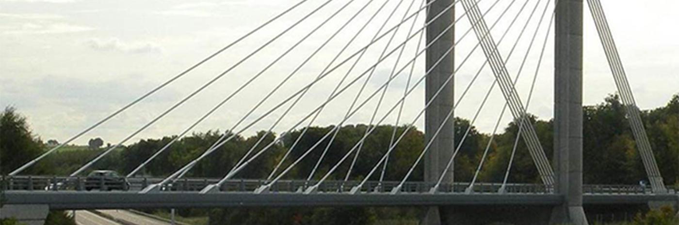Pont de Beauvais sur l'A16