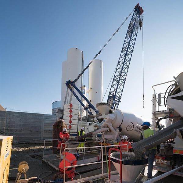 Salariés sur le chantier de la ligne 14 sud, lot 2