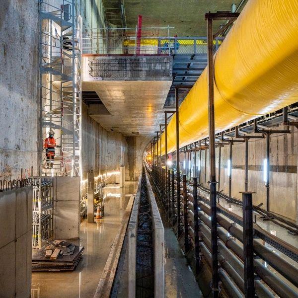 Vue intérieure du chantier de la Ligne 14 Sud, Lot 2